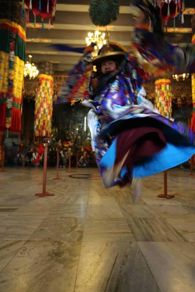 Adzom Gyalse Rinpoche2