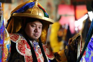 Adzom Gyalse Tulku Rinpoche