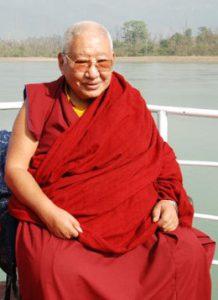 H.H. Kyabje Taklung Taetrul Ronpoche Oberhaupt der Nyingma Linie des Tibetischen Buddhismus